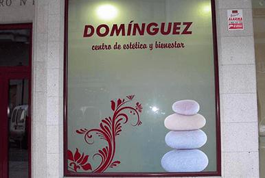 Domínguez, Centro de estética y bienestar